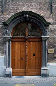 Zwartzusterstraat_makelaar_2007-02-22_dscf6008_c96