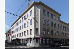 4_CMgebouw2010-04-09_DSCF0005_c96
